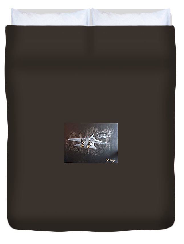 F 14 Duvet Cover featuring the painting Wet Night Landing by Richard Le Page