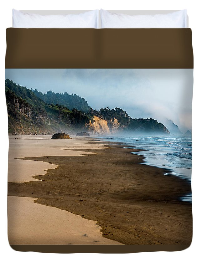 Arcadia Beach Duvet Cover featuring the photograph Wet Sand by Robert Potts