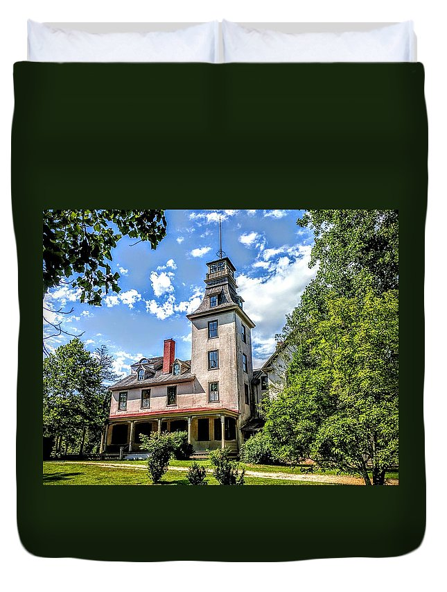 Batsto Duvet Cover featuring the photograph Wharton Mansion by Paul Kercher