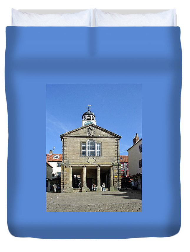 Plaque Duvet Cover featuring the photograph Whitby Old Town Hall by Rod Johnson