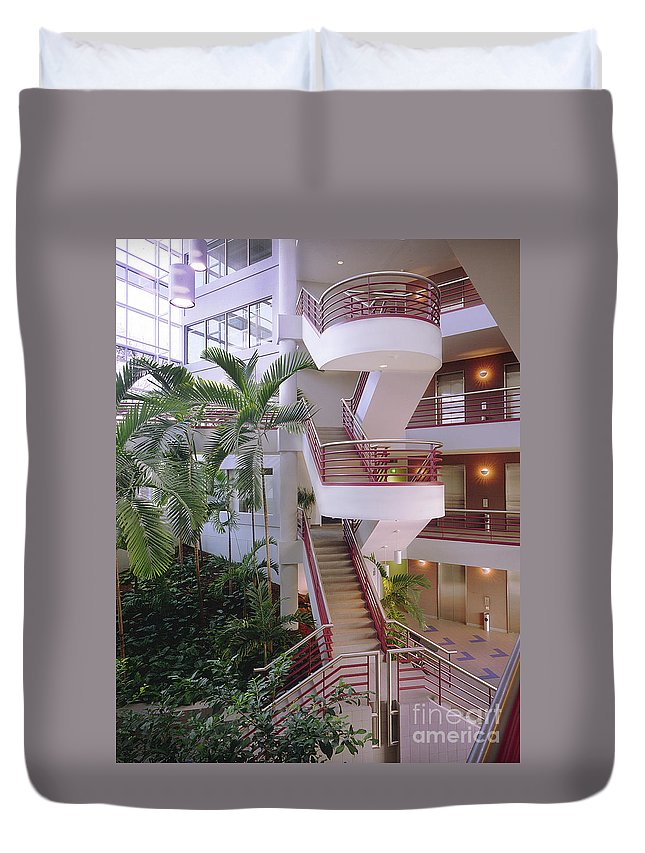 White Corporate Lobby Duvet Cover featuring the photograph Corporate Woods White Lobby by Gary Gingrich Galleries