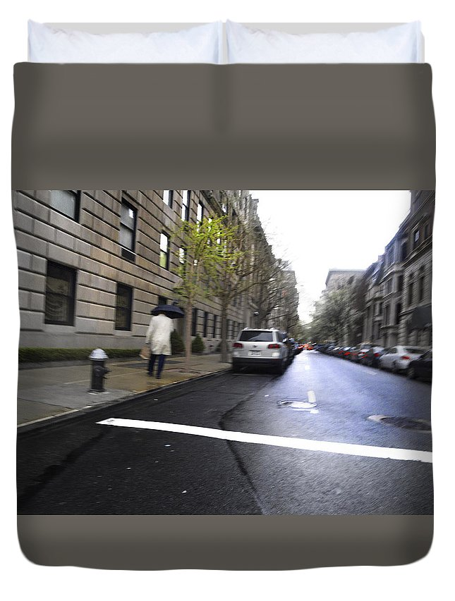 Street Duvet Cover featuring the photograph White Line - 200460 by TNT Images