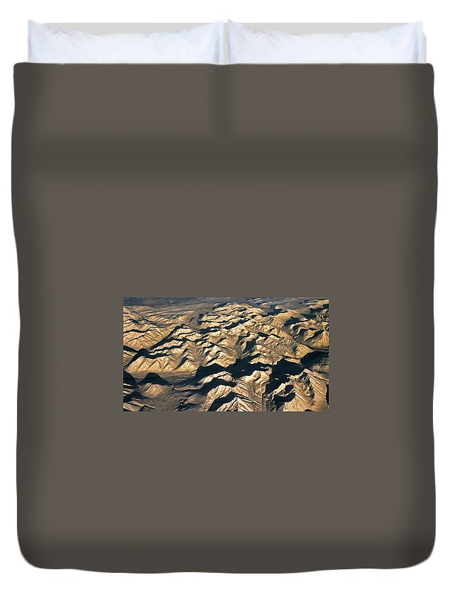 North America Duvet Cover featuring the photograph White Mountains ... by Juergen Weiss
