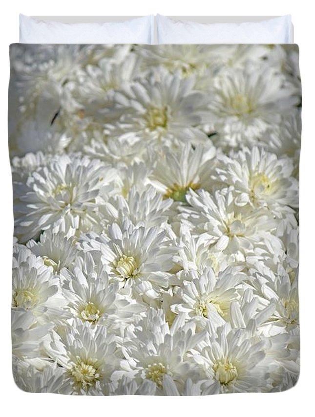 Mum Duvet Cover featuring the photograph White Mums by Linda Benoit