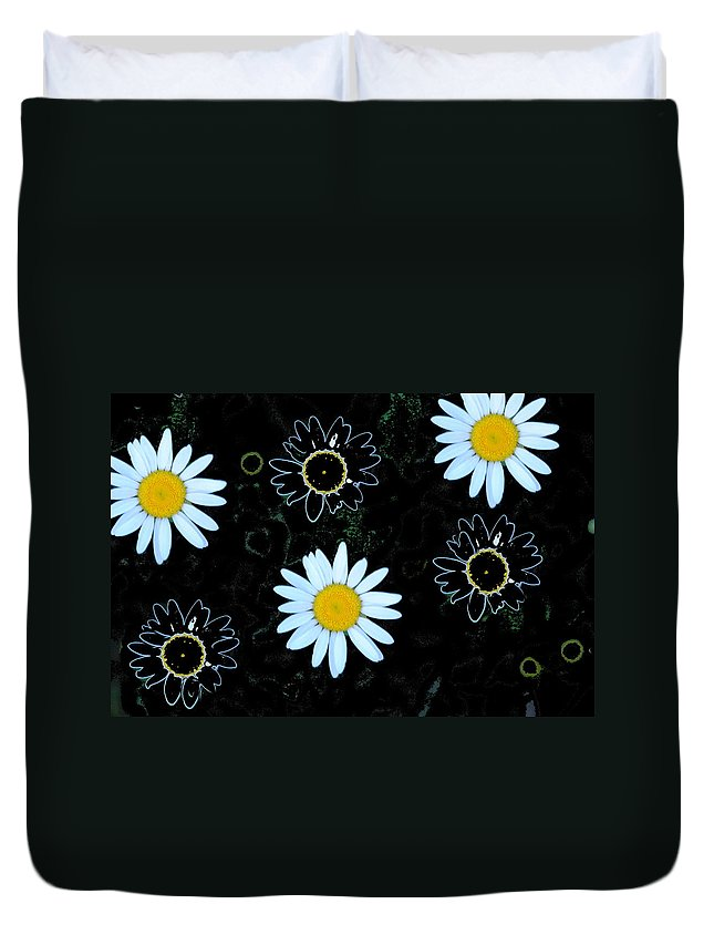 Daisy Duvet Cover featuring the photograph Wild Daisy by Eric Liller