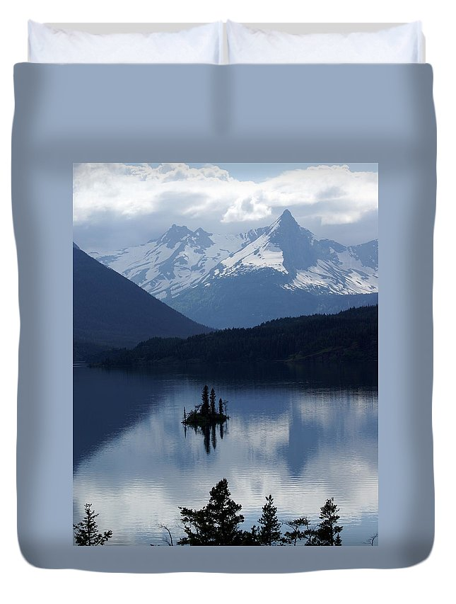 Wild Goose Island Duvet Cover featuring the photograph Wild Goose Island by Marty Koch