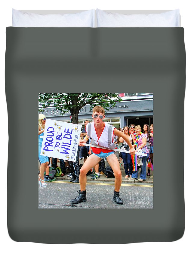 Brighton Duvet Cover featuring the photograph Wilde by Jamie McGrane