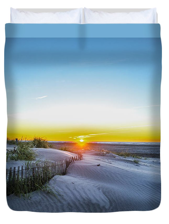 Wildwood Duvet Cover featuring the photograph Wildwood Crest Dune Sunrise by Bill Cannon
