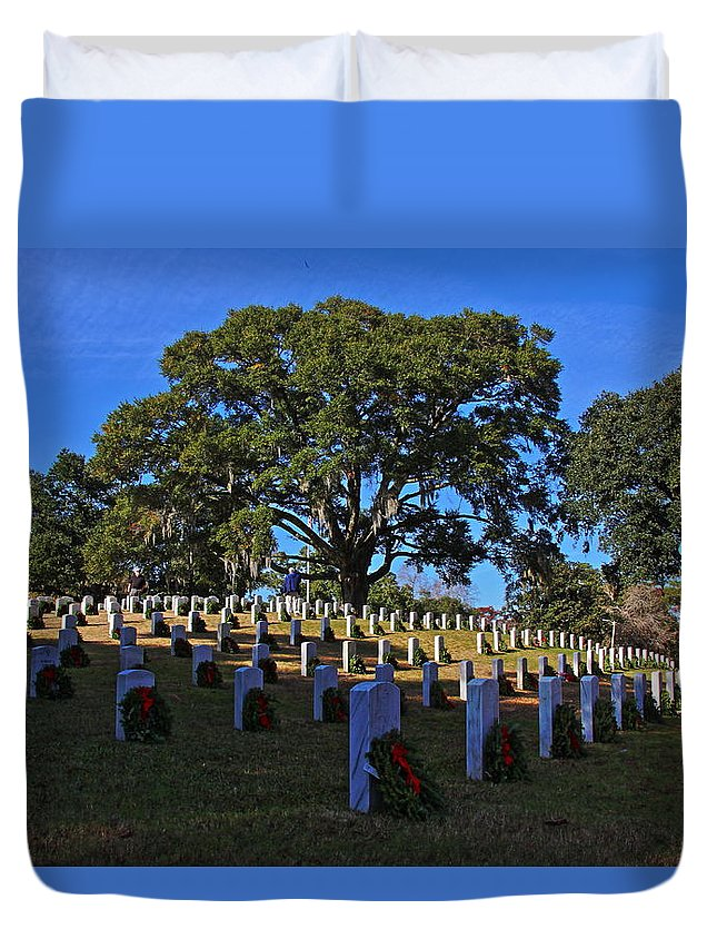 Wreaths Across America Duvet Cover featuring the photograph Wilmington National Cemetery Christmas by Rand Wall