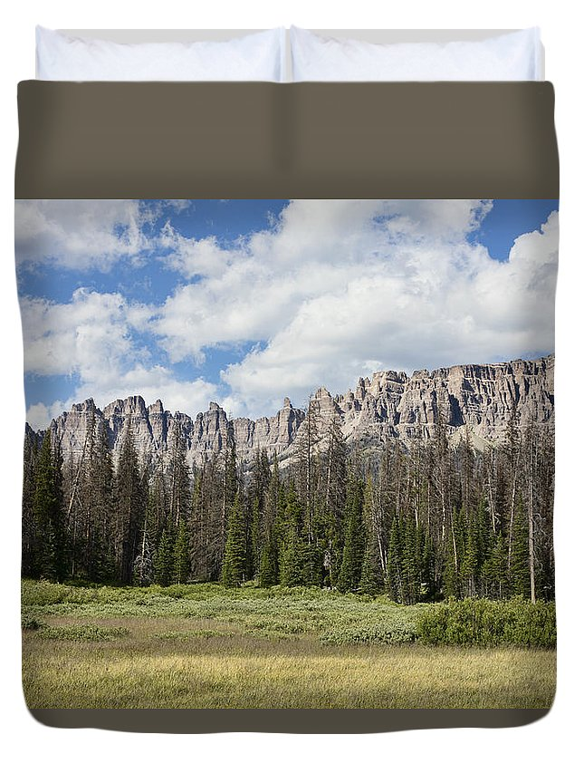 Wind Duvet Cover featuring the photograph Wind River Mountains by Hugh Smith