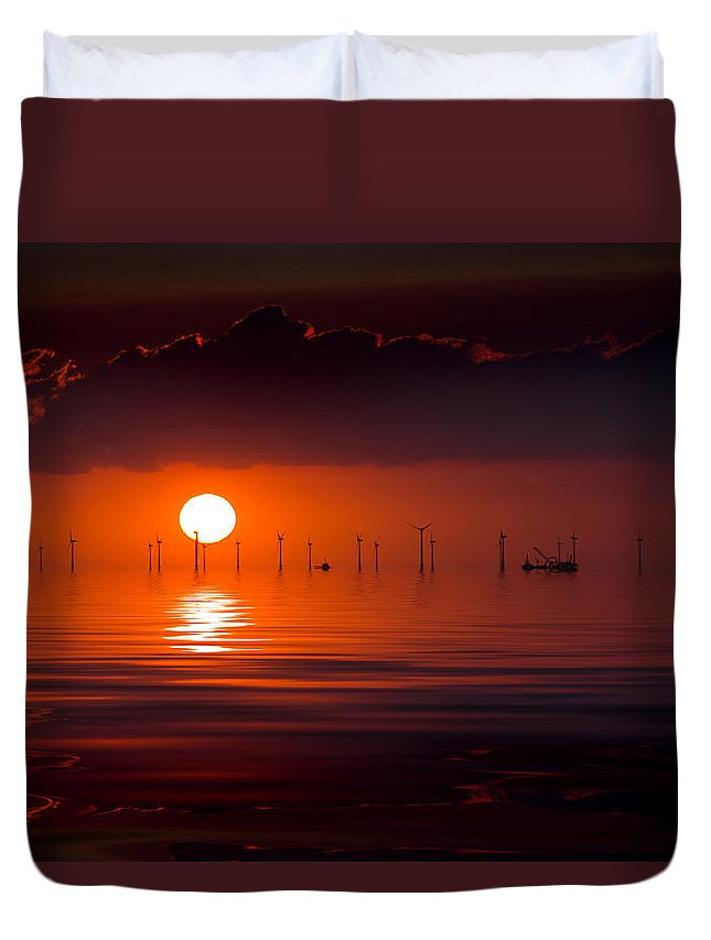 Windfarm Sunset Duvet Cover featuring the photograph Windfarm Sunset by Thanet Photos