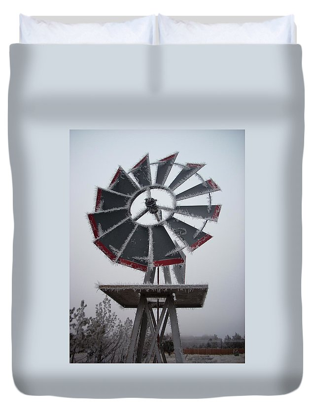 Windmill Duvet Cover featuring the photograph Windmill Frost by Sara Stevenson