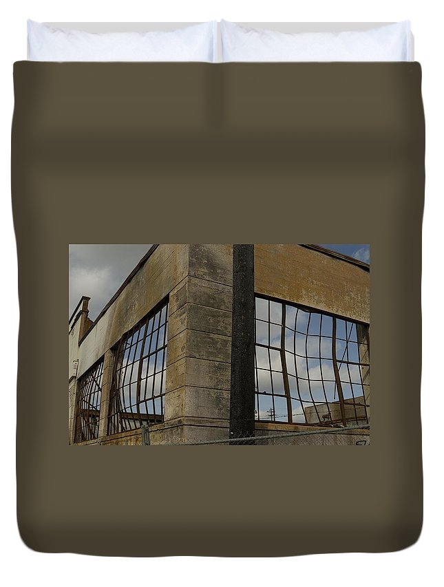 Fire Duvet Cover featuring the photograph Window's Pain by Sara Stevenson