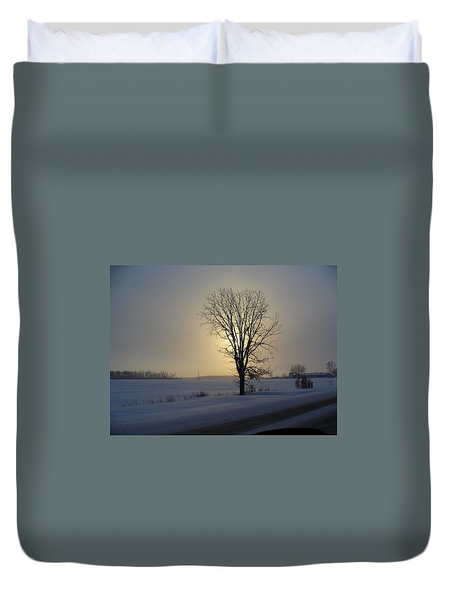 Sun Duvet Cover featuring the photograph Winter Sunset In Lambton County by Peggy King