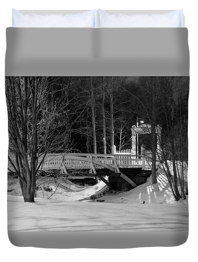 Oulu Duvet Cover featuring the photograph Winter Wonderland by Product Pics
