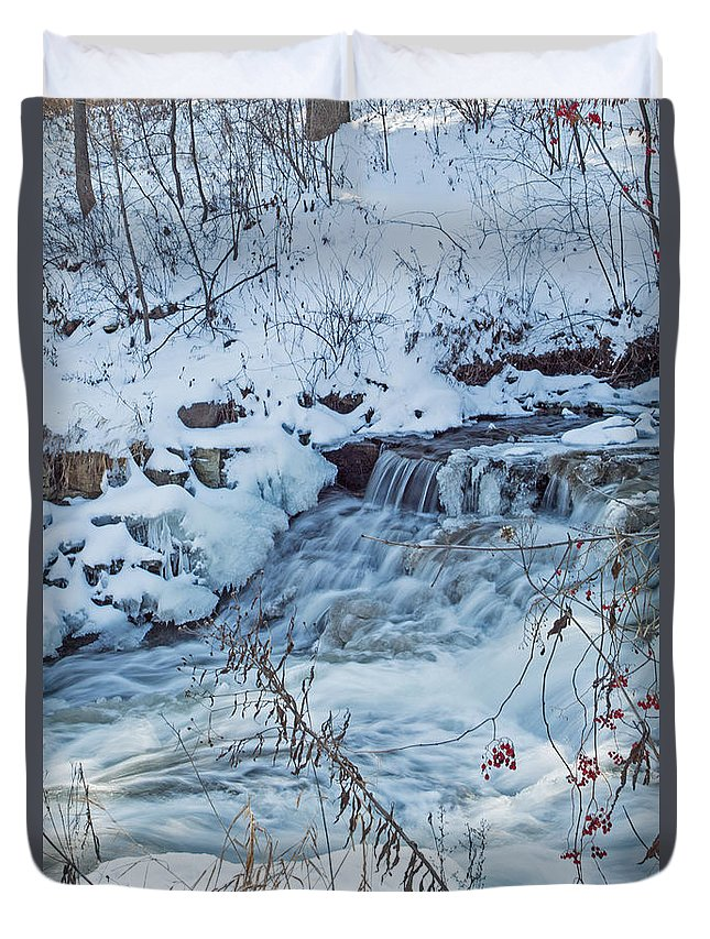 Minnehaha Falls Duvet Cover featuring the photograph Winter Wonderland Of Minnehaha Falls by Natural Focal Point Photography