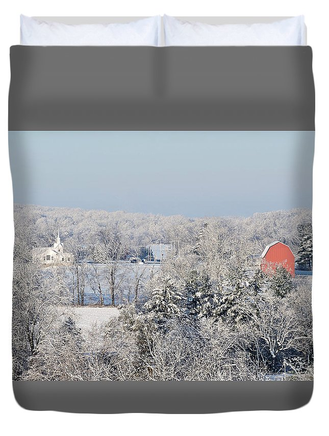 Red Barn Duvet Cover featuring the photograph Wintry Peoria by Regine Brindle
