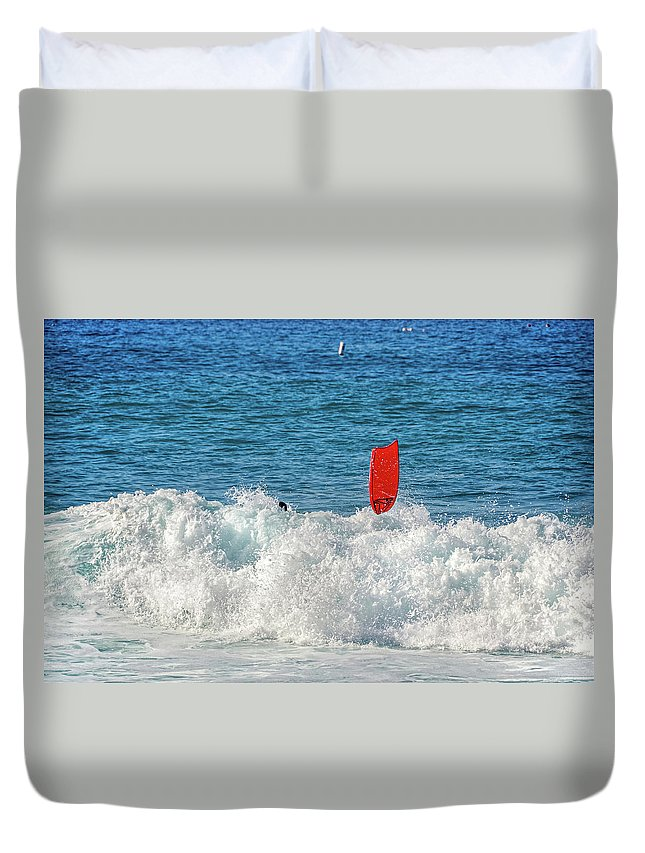 David Lawson Photography Duvet Cover featuring the photograph Wipe Out by David Lawson