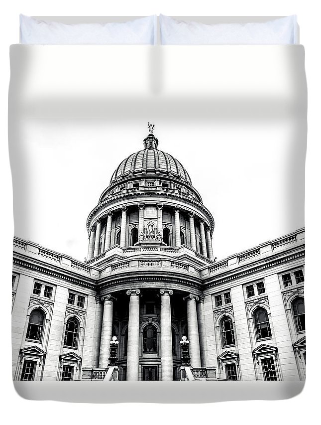 Capitol Duvet Cover featuring the photograph Wisconsin's Capitol by Rockland Filmworks