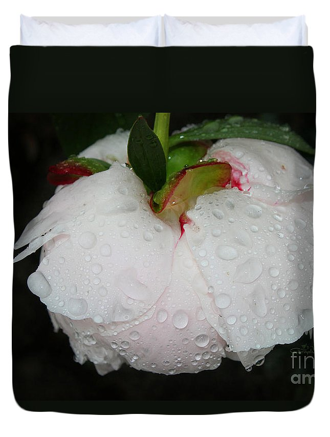 Peony Duvet Cover featuring the photograph Without Umbrella by Jutta Maria Pusl