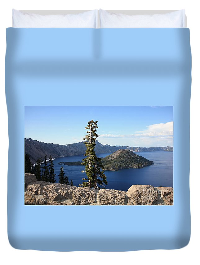 Wizard Island Duvet Cover featuring the photograph Wizard Island With Rock Fence At Crater Lake by Carol Groenen