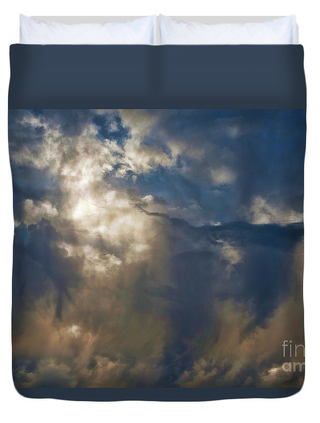 Duvet Cover featuring the photograph Wonderful Day by Blake Richards