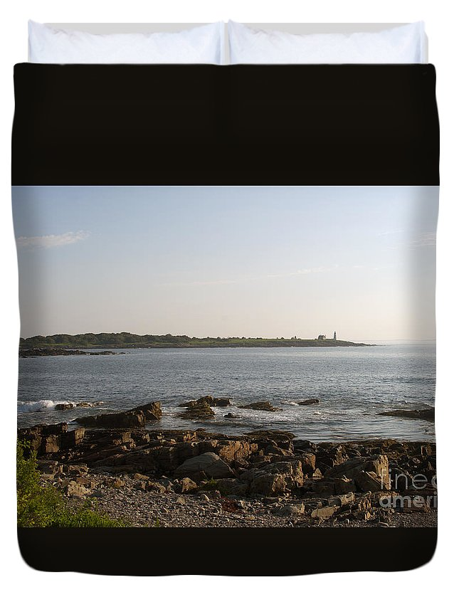 Wood Duvet Cover featuring the photograph Wood Island Lighthouse 1 by Ray Konopaske
