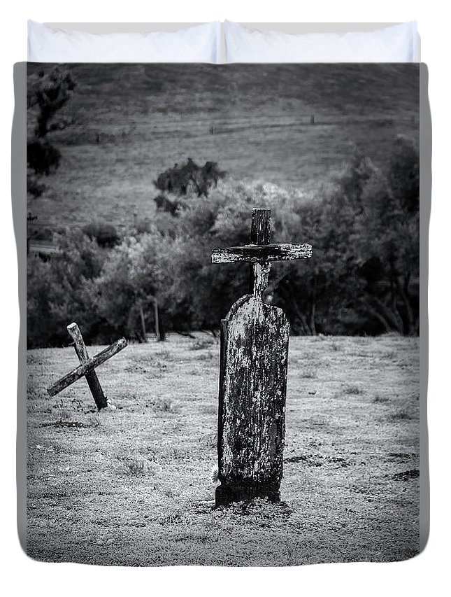 Landscape Duvet Cover featuring the photograph Wooden Cross by Javier Flores