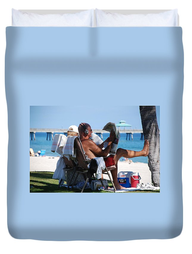 Man Duvet Cover featuring the photograph Working Hard by Rob Hans