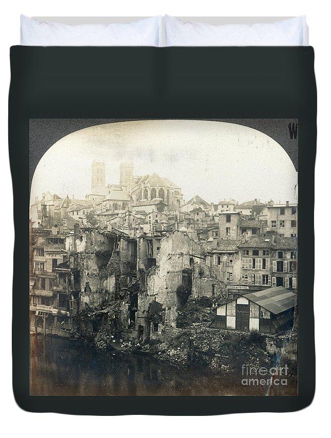 1919 Duvet Cover featuring the photograph World War I: Verdun Ruins by Granger