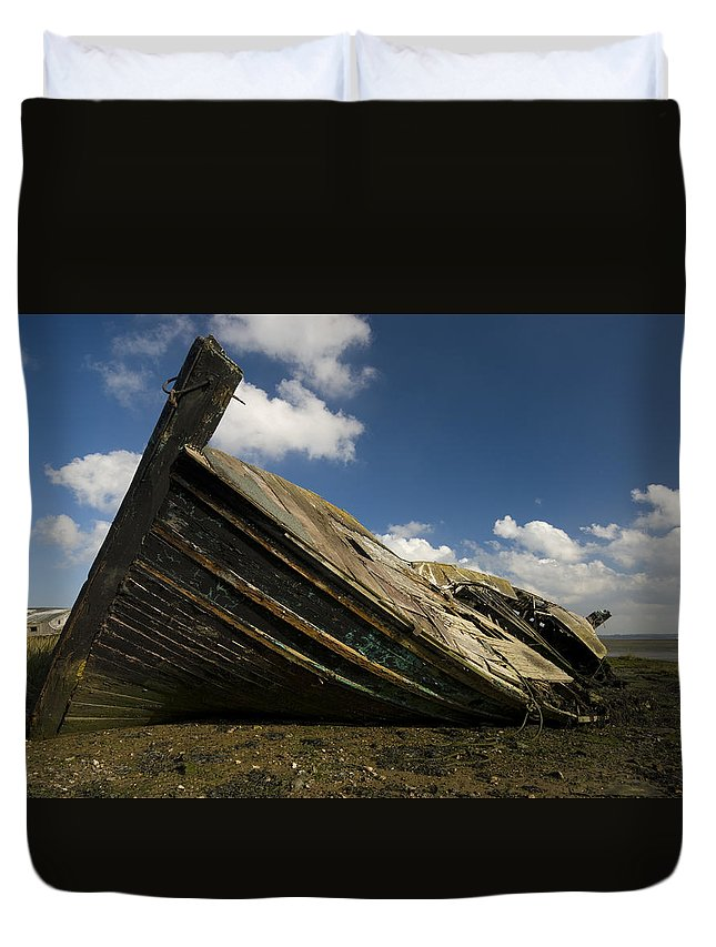 Wreck Duvet Cover featuring the photograph Wreck Hoo England by Chris Pickett