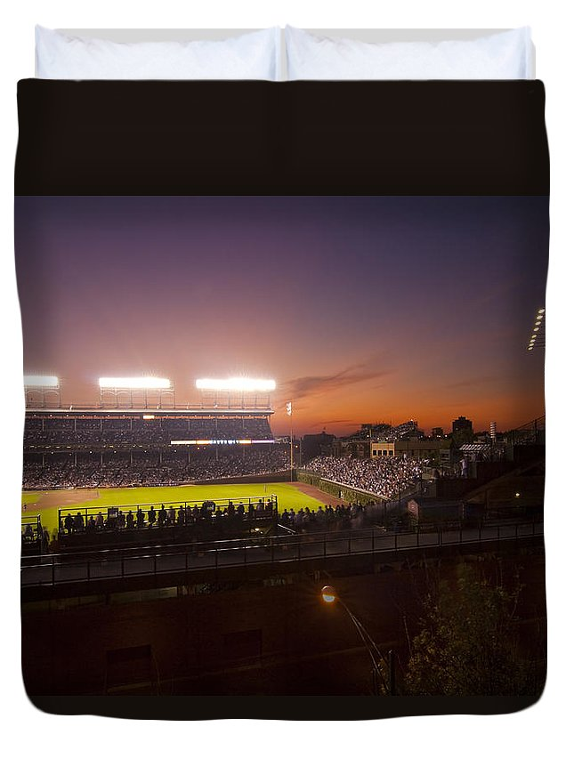 Cubs Duvet Cover featuring the photograph Wrigley Field At Dusk by Sven Brogren