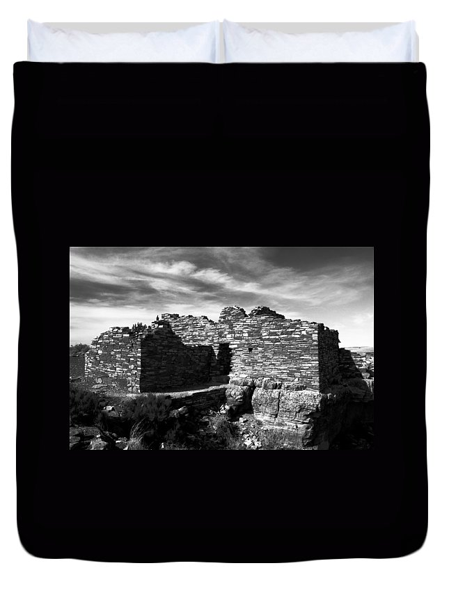 Wupatki National Monument Arizona Duvet Cover featuring the photograph Wupatki by David Lee Thompson