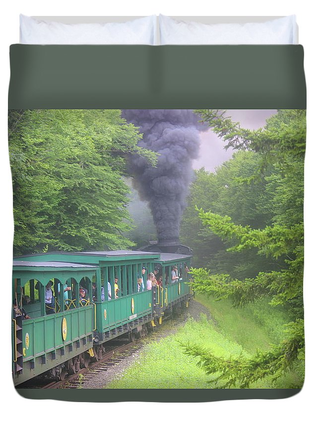 Wv Duvet Cover featuring the photograph Wv Passenger Car 15 by Cathy Lindsey