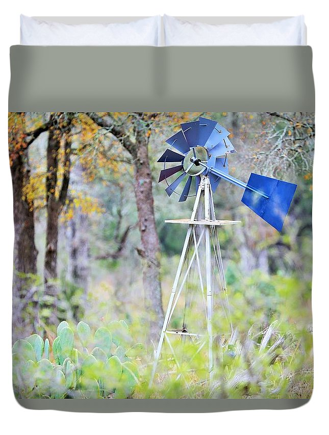 Duvet Cover featuring the photograph Ya033 by Jeff Downs