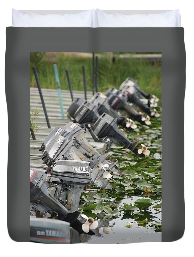 Boats Duvet Cover featuring the photograph Yamaha Outboards by Rob Hans