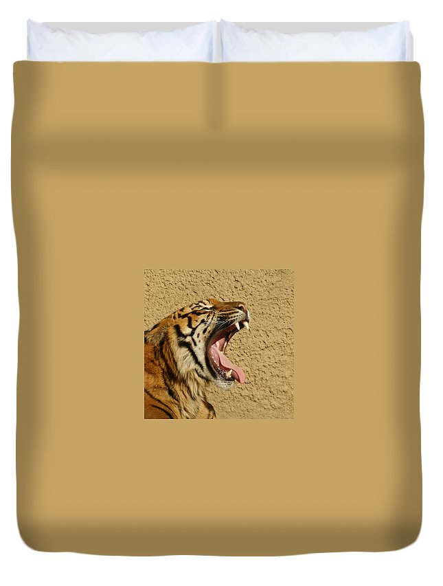 Tiger Duvet Cover featuring the photograph Yawn Of The Tiger by Ernie Echols