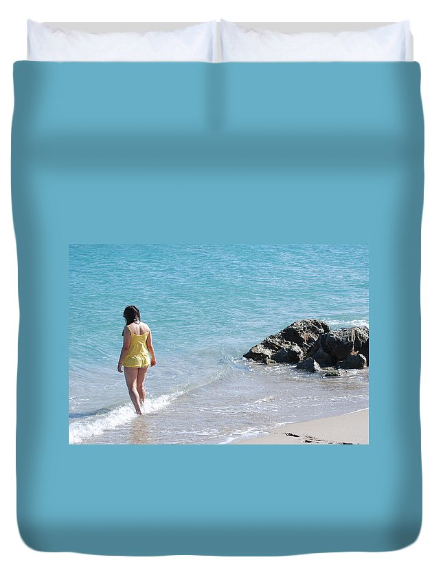 Sea Scape Duvet Cover featuring the photograph Yellow And Blue by Rob Hans