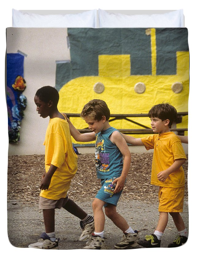 Boys Duvet Cover featuring the photograph Yellow Submarine by Laurie Paci