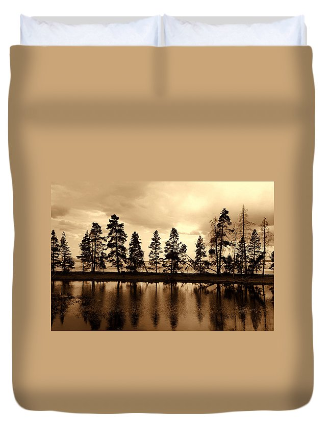Photography Duvet Cover featuring the photograph Yellowstone Lake by Susanne Van Hulst