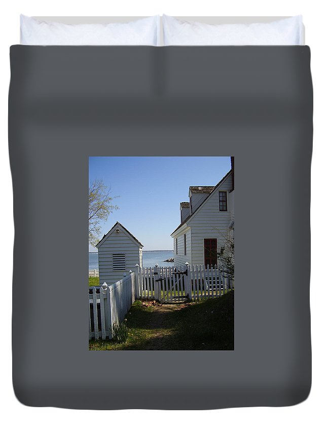 Yorktown Duvet Cover featuring the photograph Yorktown by Flavia Westerwelle