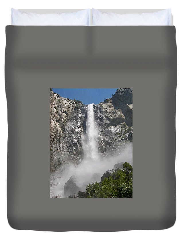 Yosemite Falls Duvet Cover featuring the photograph Yosemite Falls by Leslie Brashear