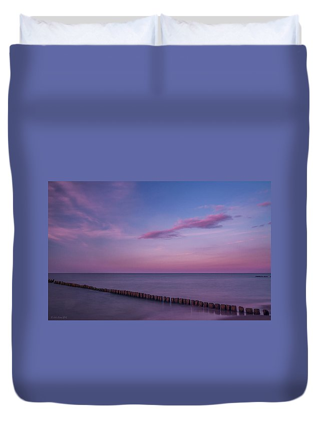 Soothing Duvet Cover featuring the photograph Zen Mood Seascape by Julis Simo