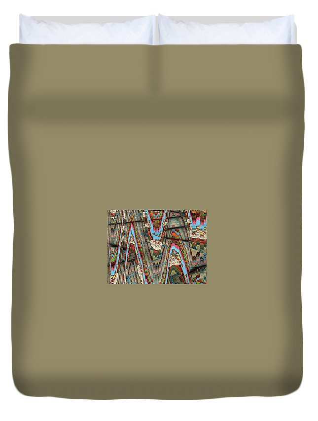 Abstract Duvet Cover featuring the digital art Zigzag 1 by Anne Cameron Cutri