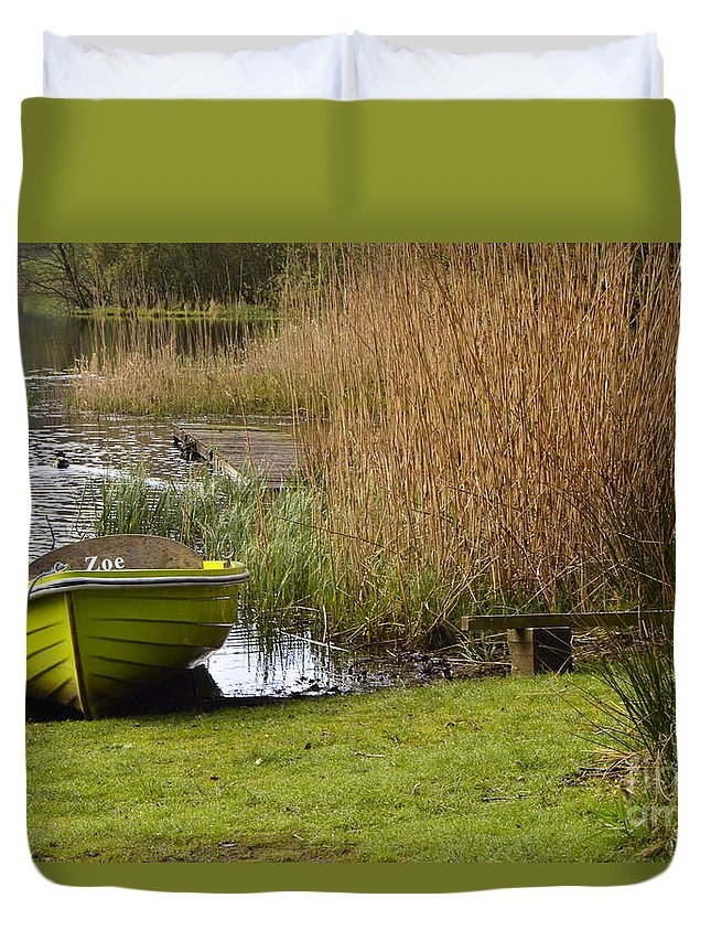 Grasmere Duvet Cover featuring the photograph Zoe by Smart Aviation