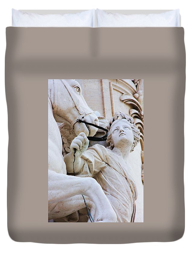 Statue Duvet Cover featuring the photograph Zoom For Details by Raquel Daniell