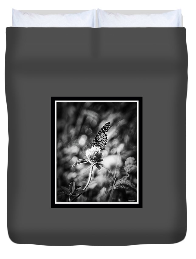 Butterfly Duvet Cover featuring the photograph 090319-83 by Mike Davis