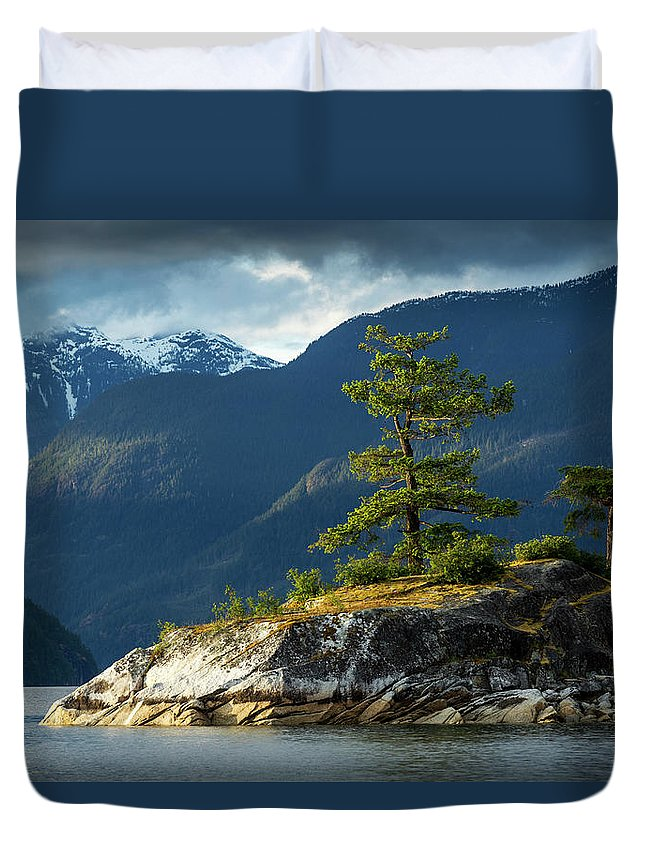 Scenics Duvet Cover featuring the photograph Desolation Sound, Bc, Canada by Paul Souders