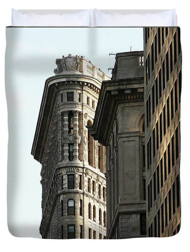 Built Structure Duvet Cover featuring the photograph Flatiron Building In Nyc by Win-initiative