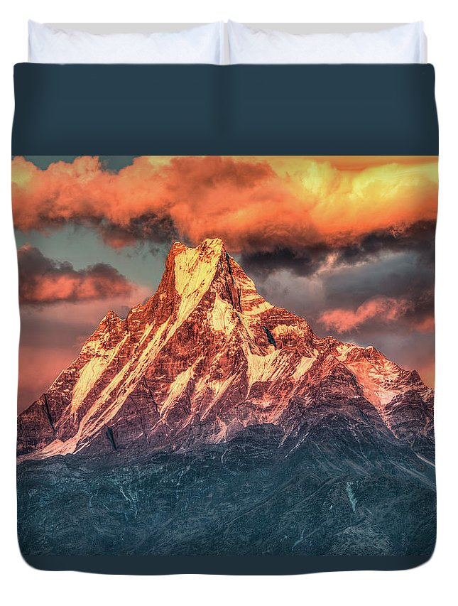 Tranquility Duvet Cover featuring the photograph Machapuchare Mountain, Fish Tail In by Emad Aljumah